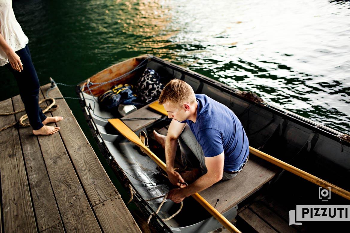 Boston-Harbor-Rowing-Engagement-Session_010