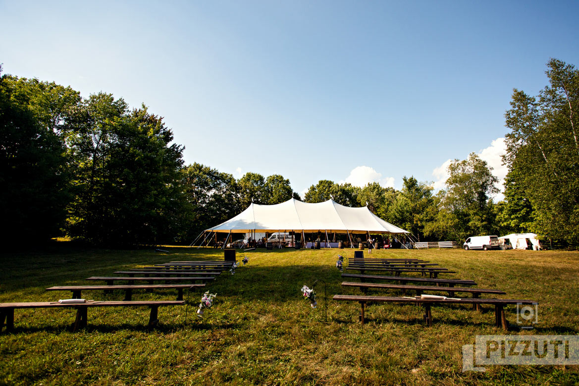 NewHampshireFarmWedding_015