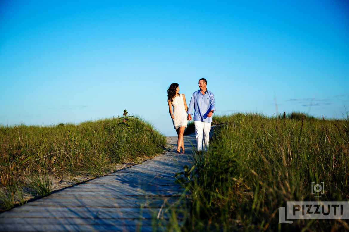 Good_Harbor_Beach_Gloucester_Engagement_Session_004