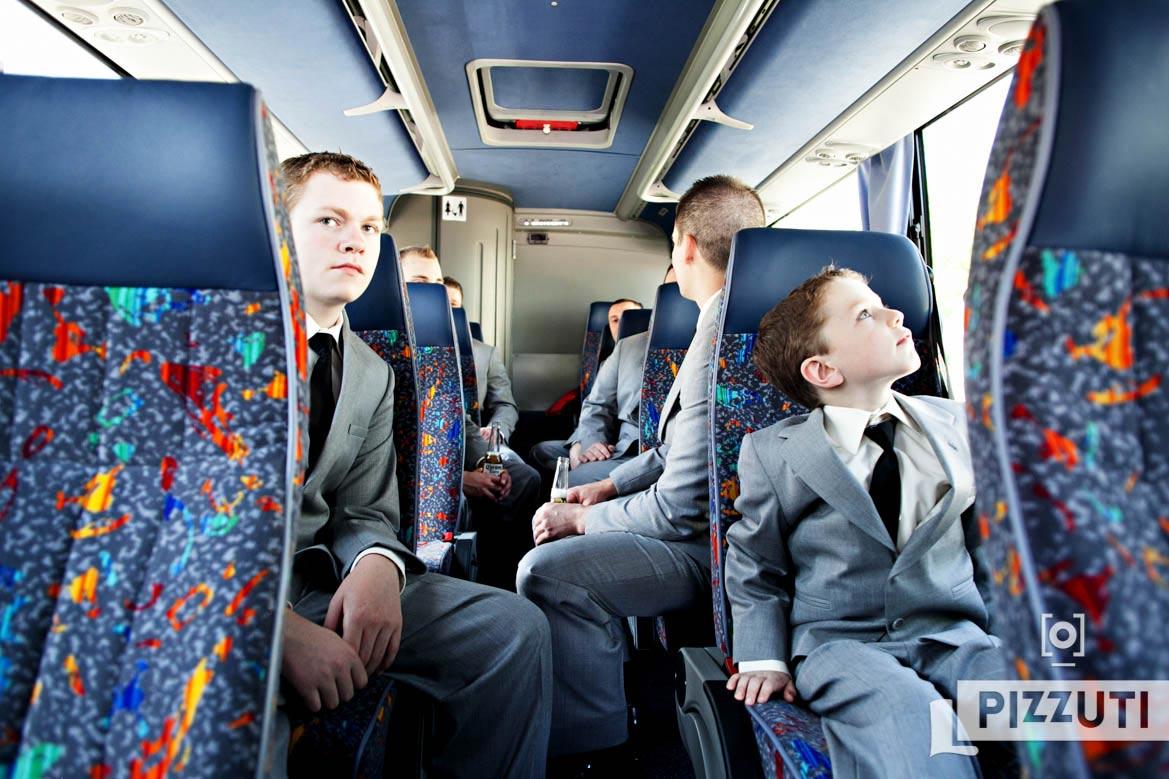wedding-groomsmen-children-bus
