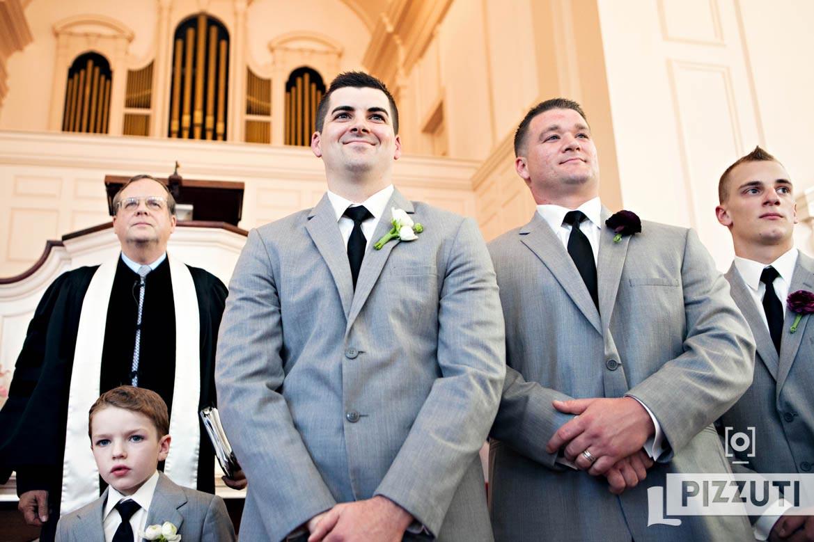 wedding-groom-groomsmen-church
