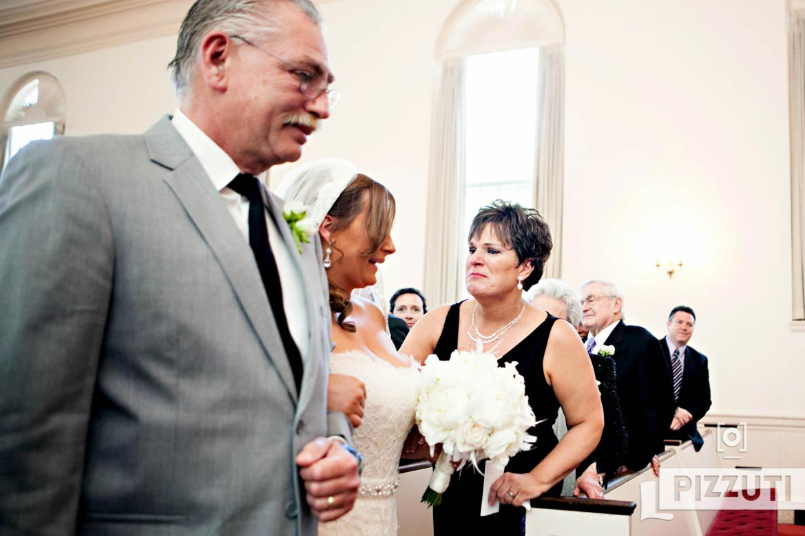 wedding-bride-family