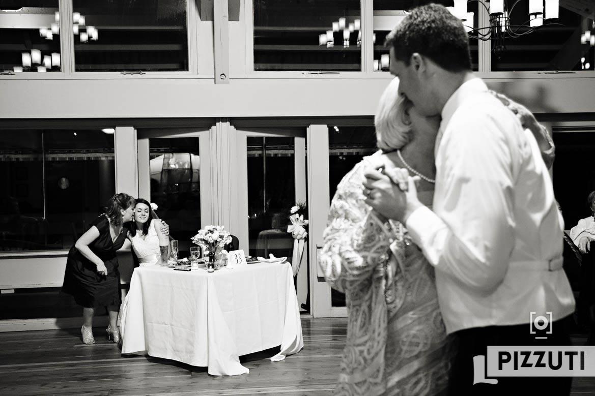 wedding-reception-bride-groom-family
