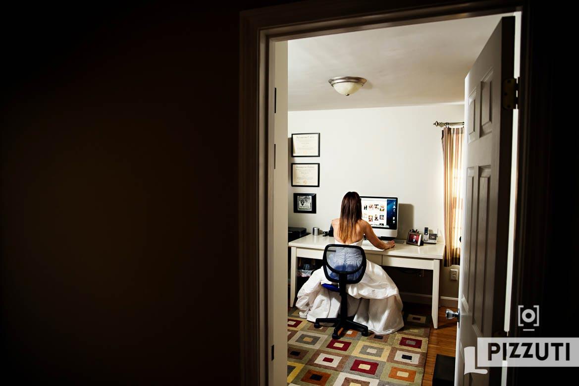 live-the-dress-computer