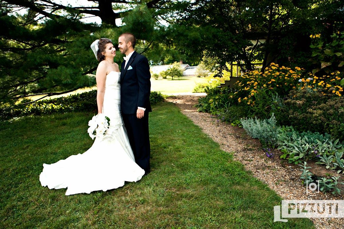 Bride-Groom-Lyman-Estate-Wedding