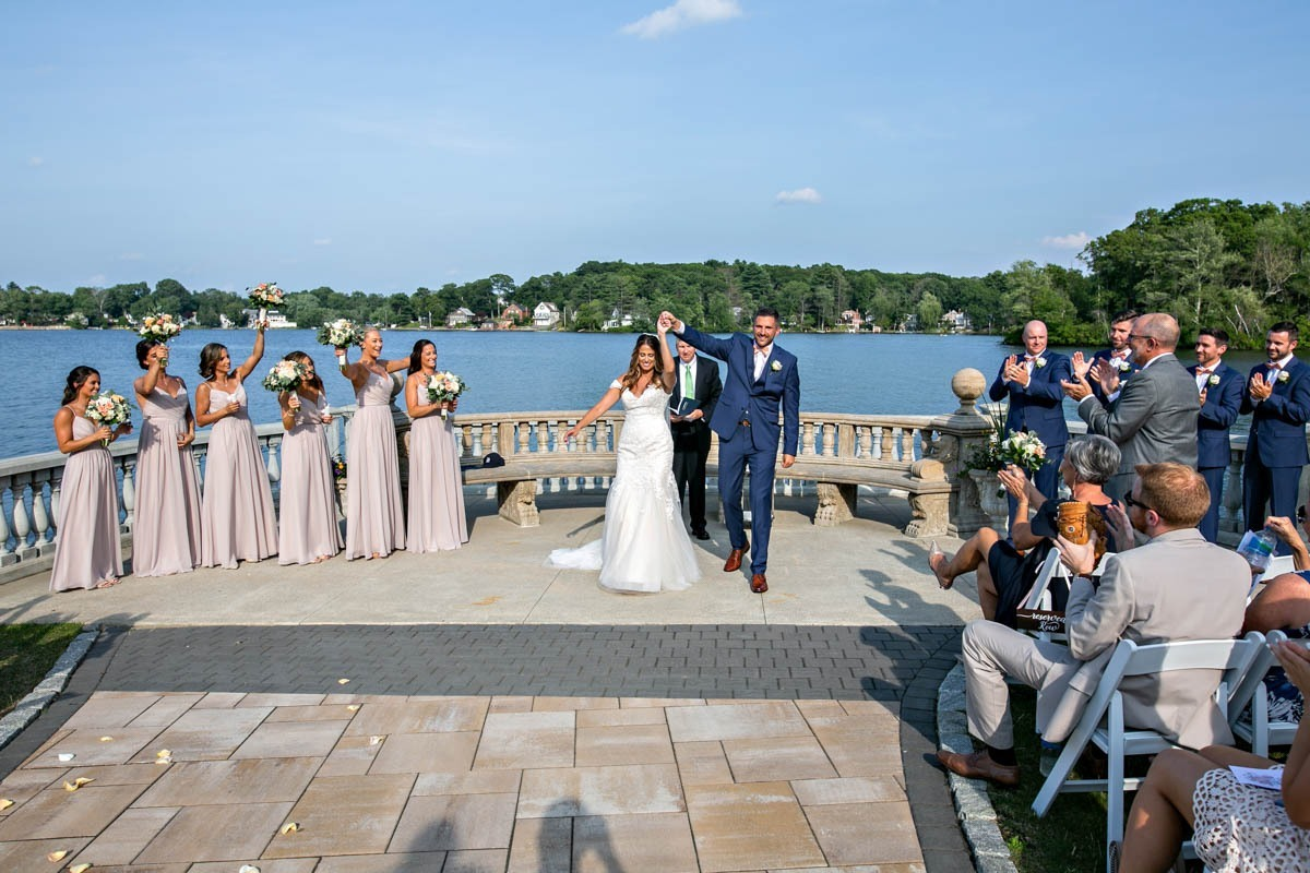 bride-groom-grand-view-wedding-mendon