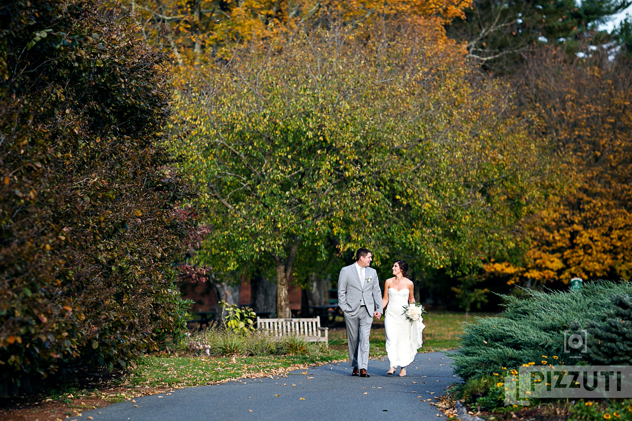 the gardens at elm bank wedding portrait